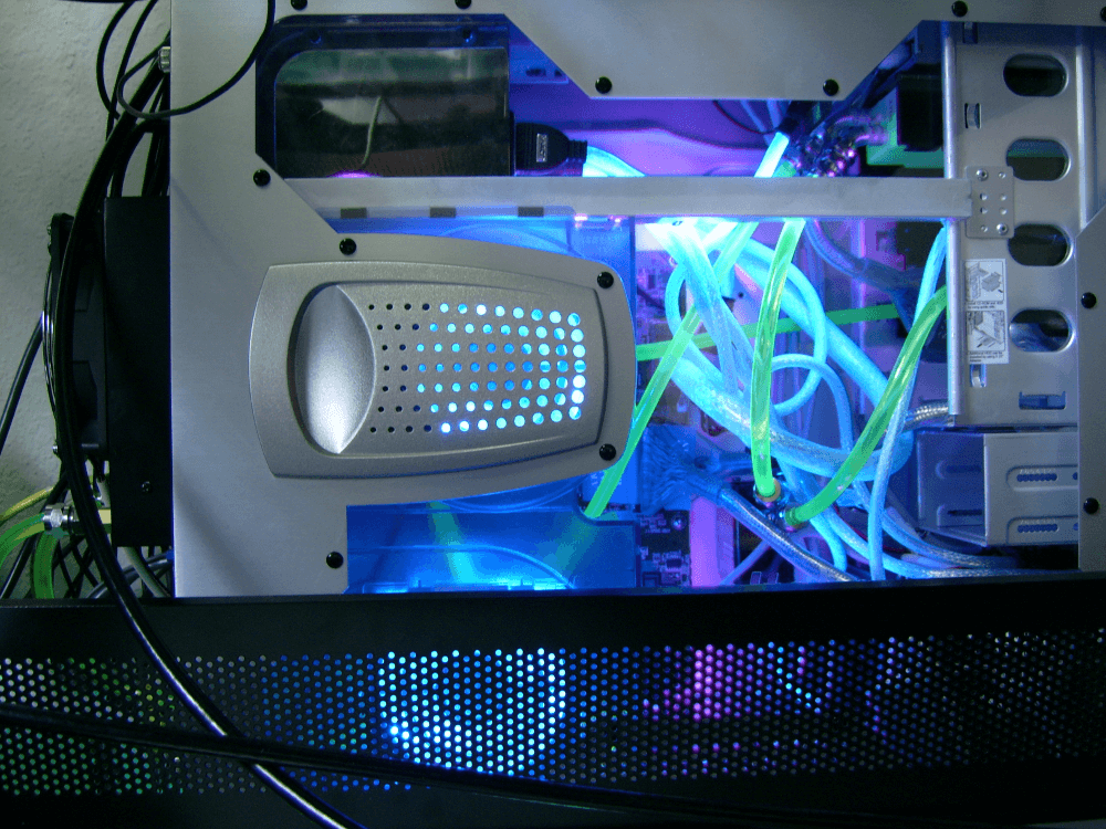 Air cooling vs liquid cooling — which cooling method is right for you?