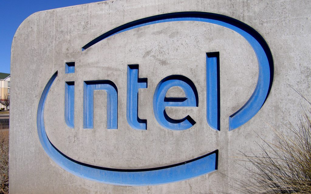 Intel's Skylake and Kaby Lake chips ship with hyperthreading bug